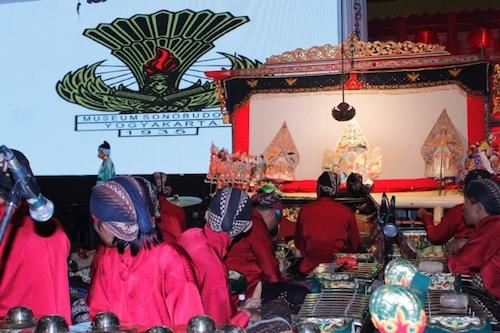 Pagelaran WACINWA Pertama Kali dalam Rangka Peringatan Pekan Budaya Tionghoa